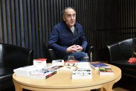 Jean-Michel Espitallier répond au téléphone pour Radio Ritournelles