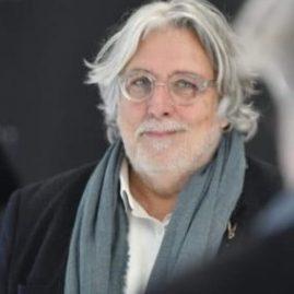 Claude Chambard, la vie de famille pour la radio 100% littéraire