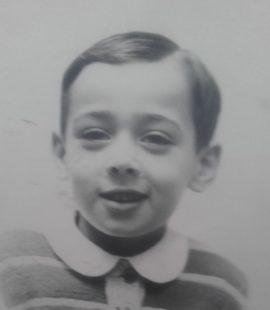 """L'écrivain et poète Jean-Marie Gleize discute de """"l'Enfance de la Littérature"""" avec Radio Ritournelles."""